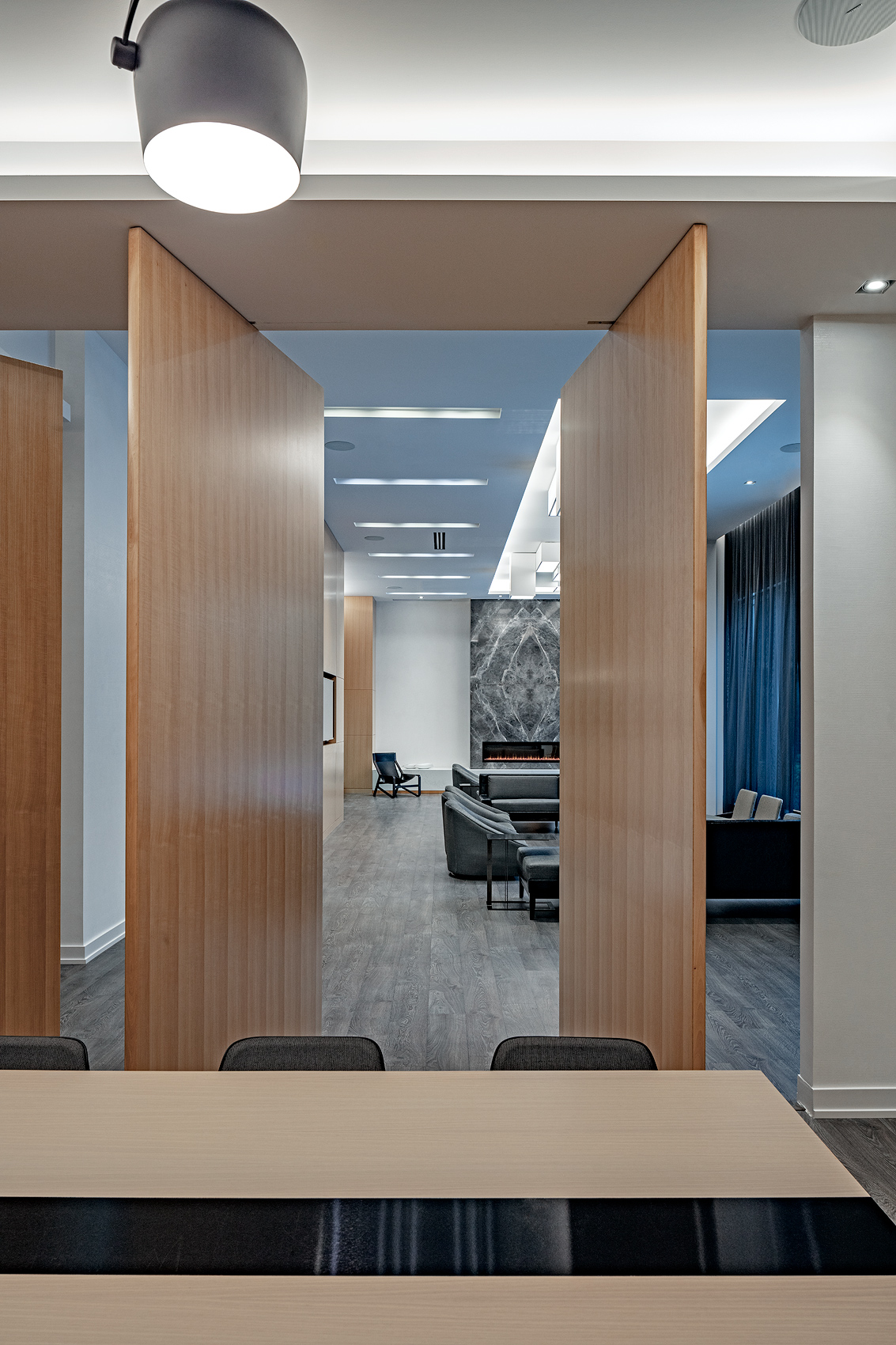 Light and wooden panels, Peter A. Sellar Architectural Photographer