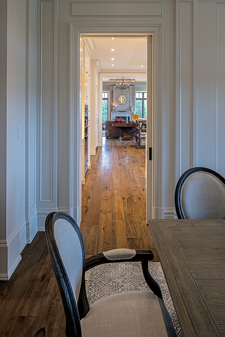 Dining room detail, peter A. Sellar Architectural Photographer