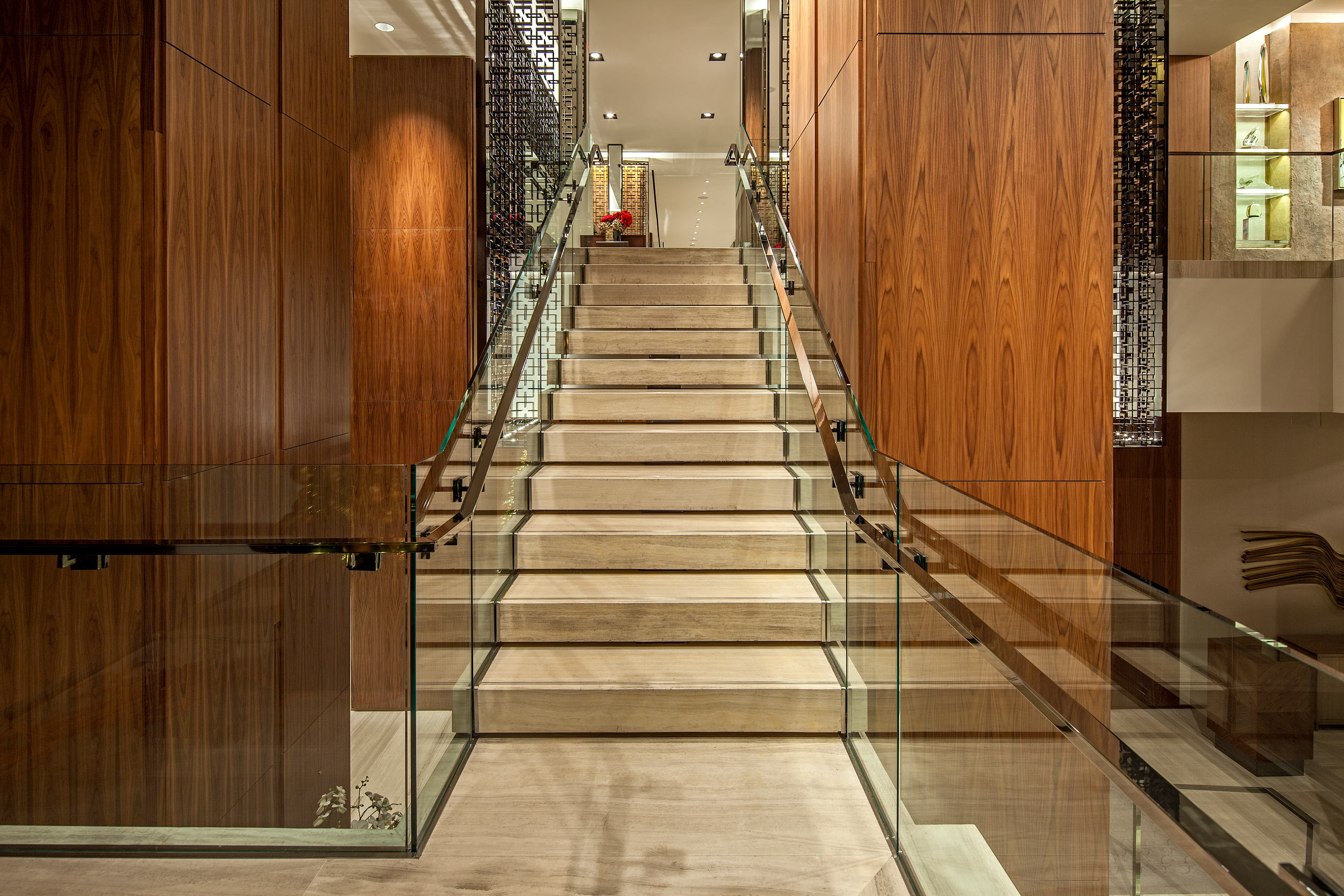 Toronto Four Seasons Hotel, stairs to Cafe Boulud Bistro